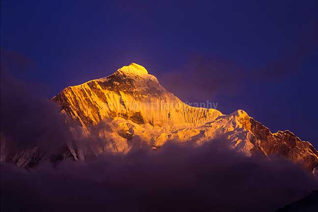 Nature-  Nanda Devi East - Snow covered Golden Nanda Devi East in Kumaon Himalalyas in Uttarakhand, India. by Anil Sharma Photography