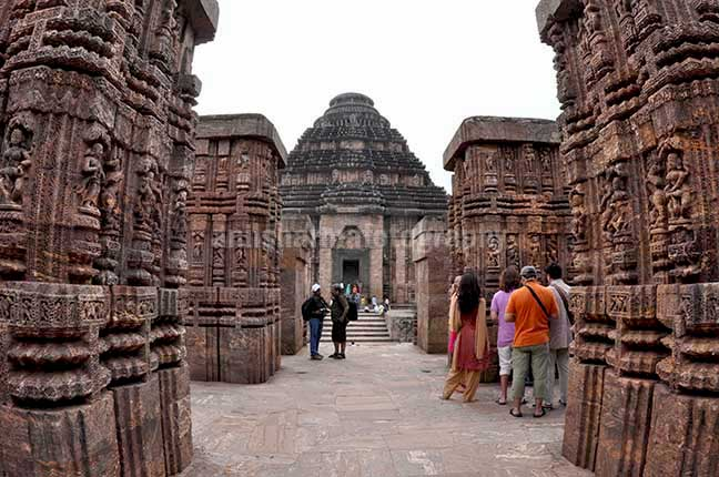Monuments: Sun Temple Konark, Orissa (India) - Tourists at ancient Konrk Sun Temple (a UNESCO world heritage site) near Bhubaneswar, Orissa, India. by Anil Sharma Photography